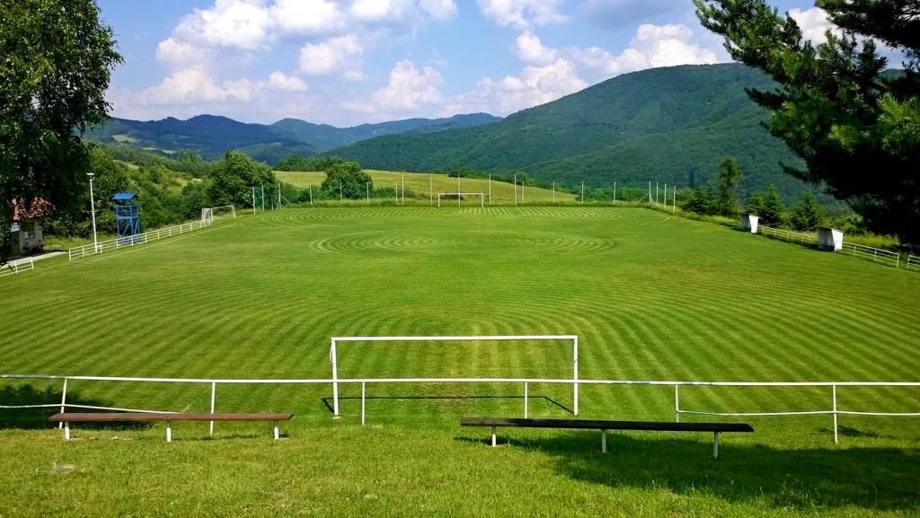 kosenie futbalove ihrisko travnik trava park kosacka 00002