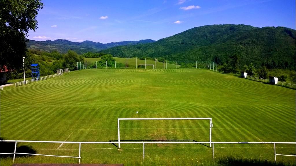 kosenie futbalove ihrisko travnik trava park kosacka 00003